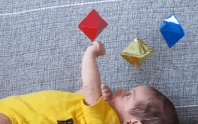 Móviles para bebé inspirados en Montessori