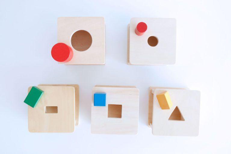 Las cajas de permanencia Montessori, un material por descubrir
