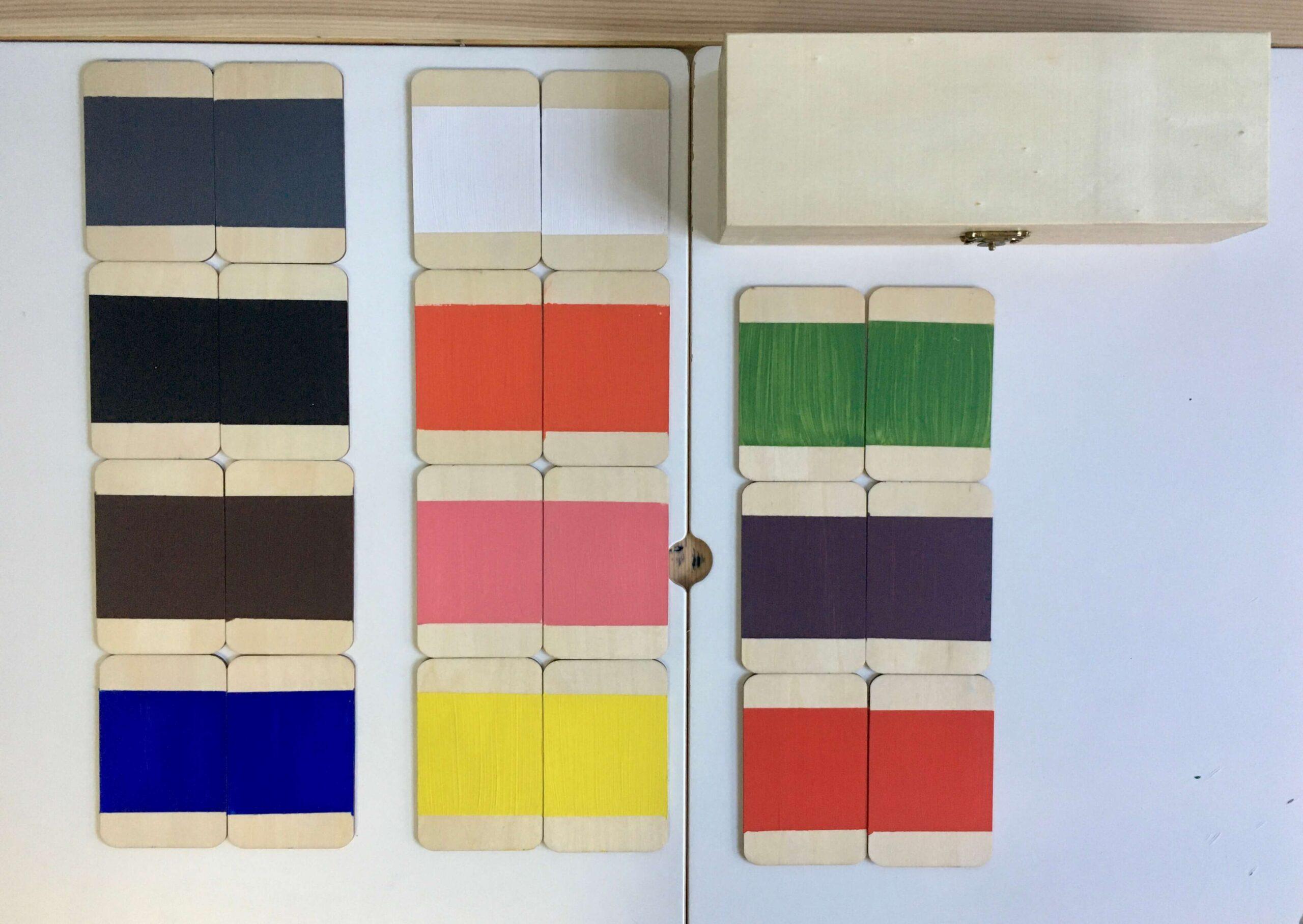 Tablas de color pintadas